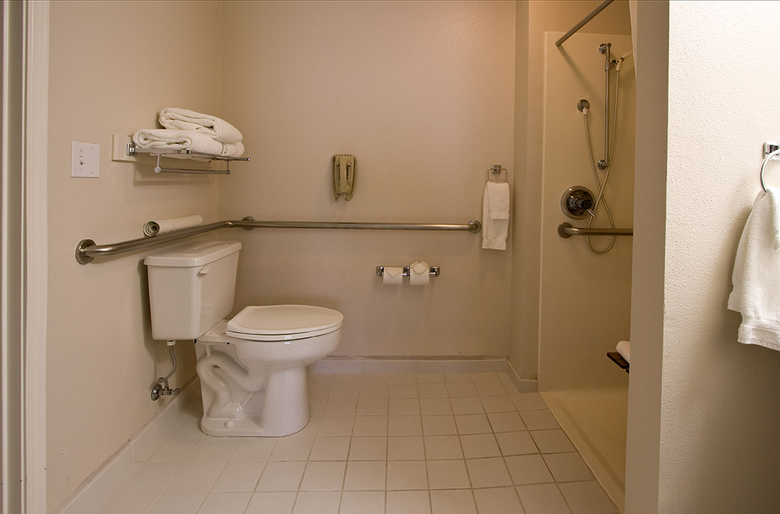 Champagne Bathroom Suite Guest Rooms Ashland Hills Hotel And Suites