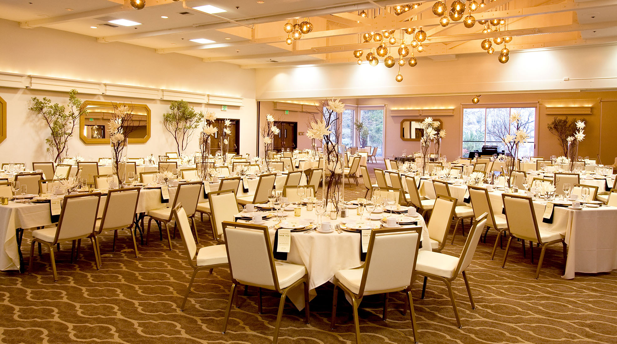 CORPORATE EVENTS - Ashland Hills Hotel & Suites